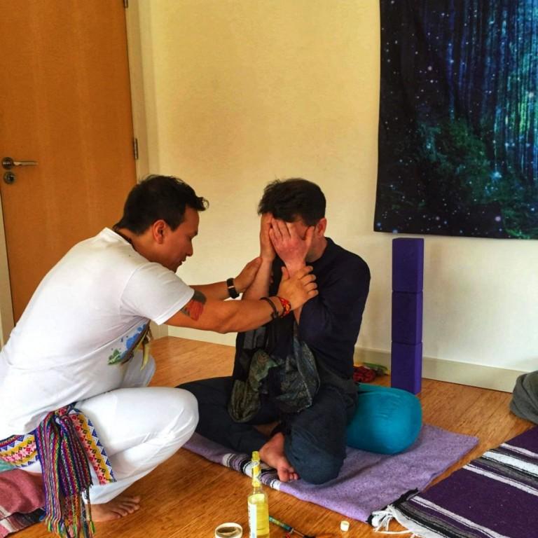 Holistic therapies massages lomi lomi aromatherapy